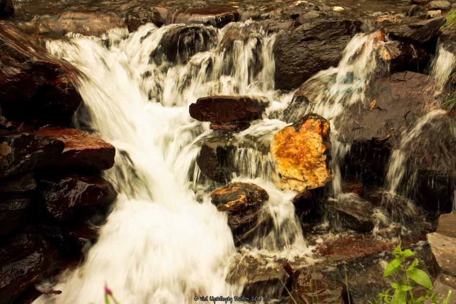 Waterfall near Rohtang Pass.